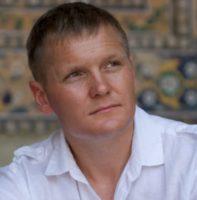 Кто такой Юрий Медушенко на самом деле!? Отзыв на доходный дом!